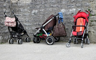 Dringend gesucht: Erstausstattung für Babys, Kinderwagen/-betten, Fahrräder