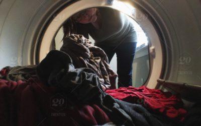 Ausstattung für Neugeborene, Waschmaschinen, Kleiderschränke und Schlafzimmer gesucht