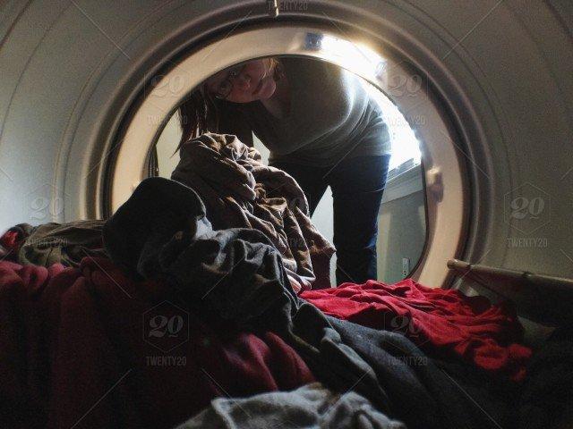 Ausstattung für Neugeborene, Waschmaschinen, Kleiderschränke und ...