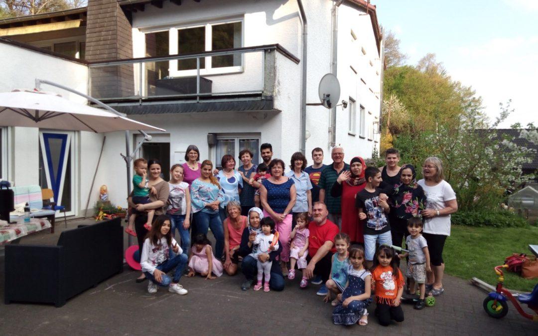 Das Frühlingsfest der Flüchtlingshilfe Wiehl bei Hanni Müller