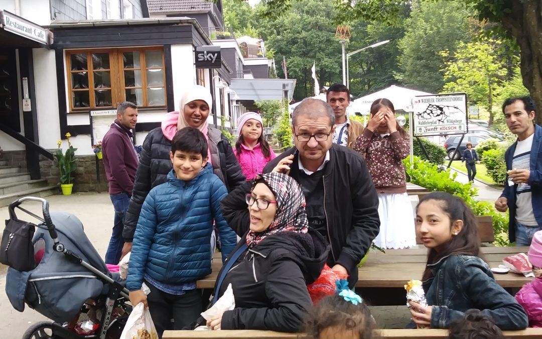 Wiehl erlebt: Ausflug zu Tropfsteinhöhle und Wildpark