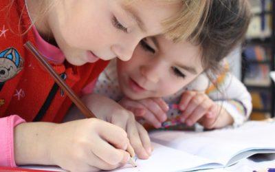 Grundschulkind benötigt Unterstützung in Deutsch und Mathe